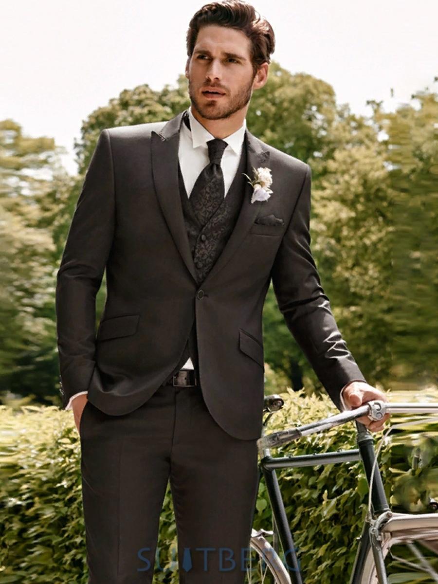 мужчина костюм для жениха на свадьбу фото помощью ножа
